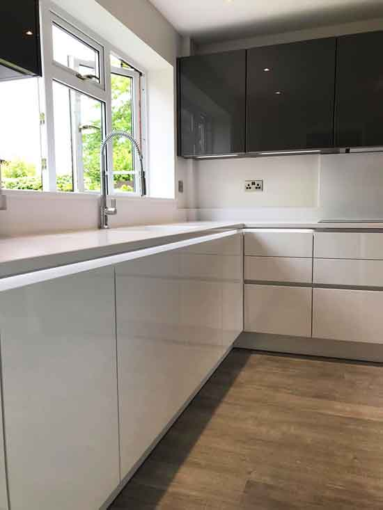 White gloss nobilia german kitchen 4